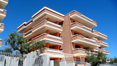 Квартира в Абруццо, Италия, 146 м2 - фото 1