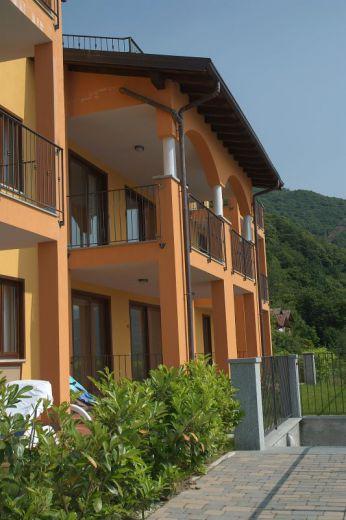 Апартаменты у озера Маджоре, Италия - фото 1