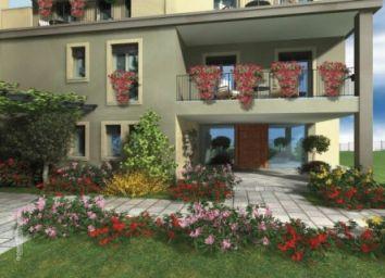 Квартира Озеро Маджоре, Италия - фото 1