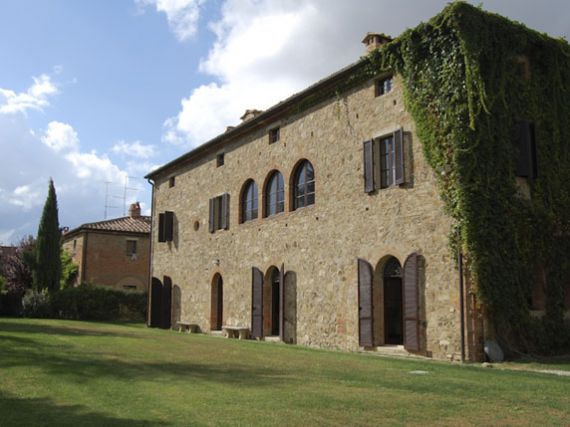 Вилла в Монтальчино, Италия, 900 м2 - фото 1