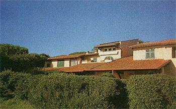 Квартира в Кастильоне-делла-Пеская, Италия - фото 1