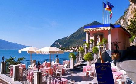 Отель, гостиница у озера Гарда, Италия, 1200 м2 - фото 1