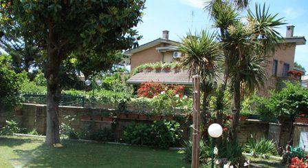 Апартаменты в Лацио, Италия, 140 м2 - фото 1