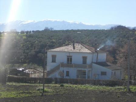 Отель, гостиница в Абруццо, Италия, 160 м2 - фото 1