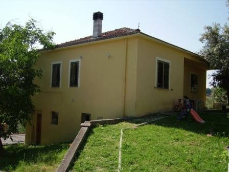 Квартира в Абруццо, Италия, 110 м2 - фото 1