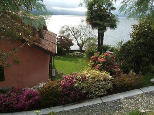 Вилла у озера Маджоре, Италия, 430 м2 - фото 1