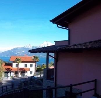 Вилла Озеро Маджоре, Италия, 240 м2 - фото 1