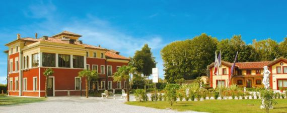 Отель, гостиница в Венето, Италия, 1645 м2 - фото 1