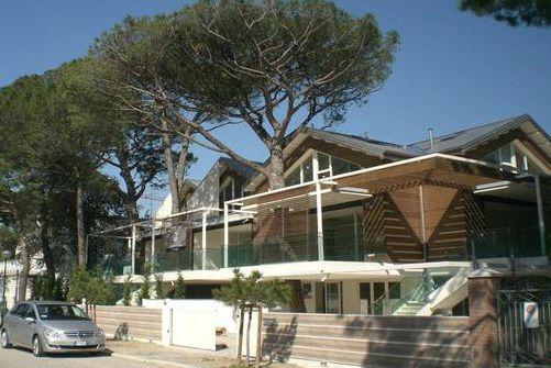Отель, гостиница в Милано Мариттима, Италия, 190 м2 - фото 1