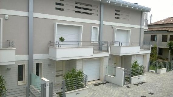 Квартира в Абруццо, Италия, 195 м2 - фото 1