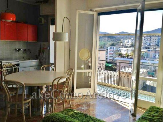 Квартира Озеро Комо, Италия, 84 м2 - фото 1