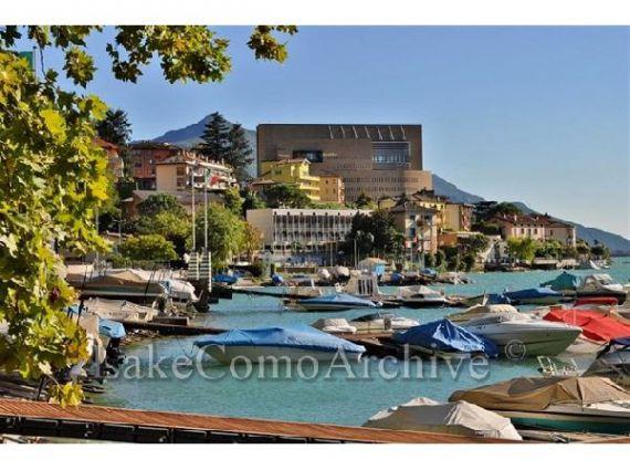 Апартаменты у озера Комо, Италия, 115 м2 - фото 1