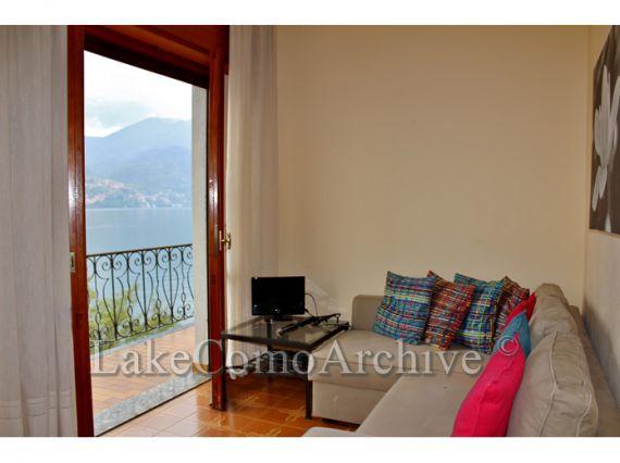Вилла у озера Комо, Италия, 200 м2 - фото 1