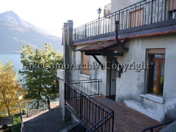 Квартира у озера Комо, Италия, 80 м2 - фото 1