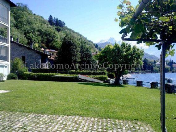 Квартира у озера Комо, Италия, 40 м2 - фото 1