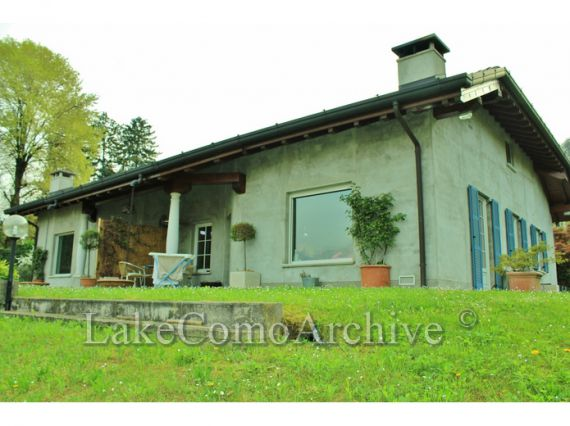 Вилла у озера Комо, Италия, 180 м2 - фото 1