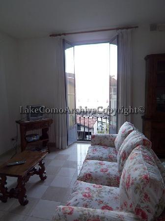 Квартира Озеро Комо, Италия, 100 м2 - фото 1