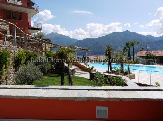 Вилла Озеро Комо, Италия, 147 м2 - фото 1