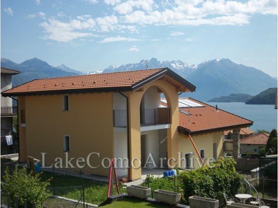 Квартира Озеро Комо, Италия, 88 м2 - фото 1