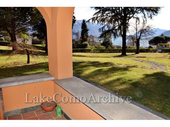 Квартира Озеро Комо, Италия, 95 м2 - фото 1