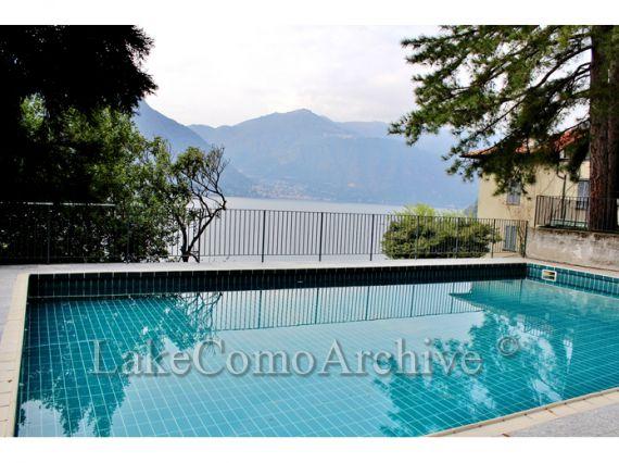 Квартира у озера Комо, Италия, 50 м2 - фото 1