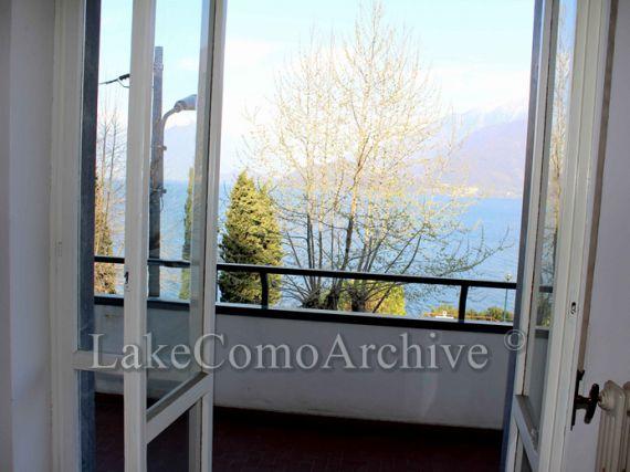 Квартира у озера Комо, Италия, 135 м2 - фото 1