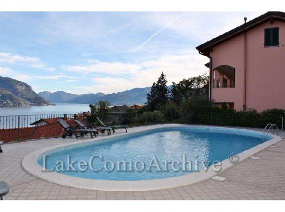 Квартира у озера Комо, Италия, 100 м2 - фото 1