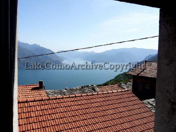 Квартира у озера Комо, Италия, 180 м2 - фото 1