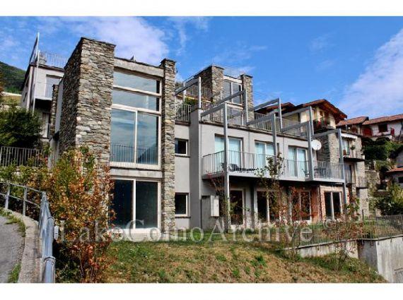 Апартаменты у озера Комо, Италия, 50 м2 - фото 1