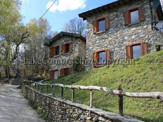 Вилла Озеро Комо, Италия, 149 м2 - фото 1