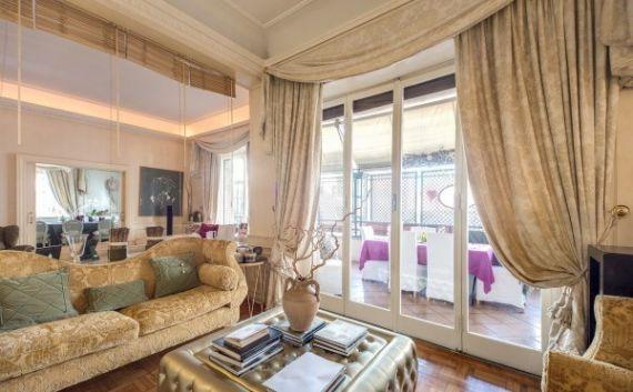 Квартира в Лацио, Италия, 380 м2 - фото 1