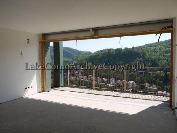 Квартира у озера Комо, Италия, 493 м2 - фото 1