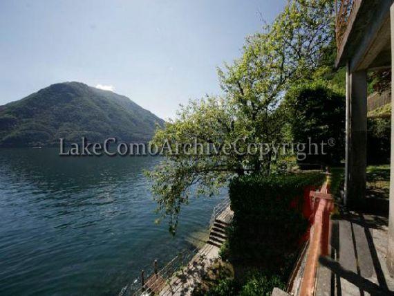 Вилла у озера Комо, Италия, 100 м2 - фото 1