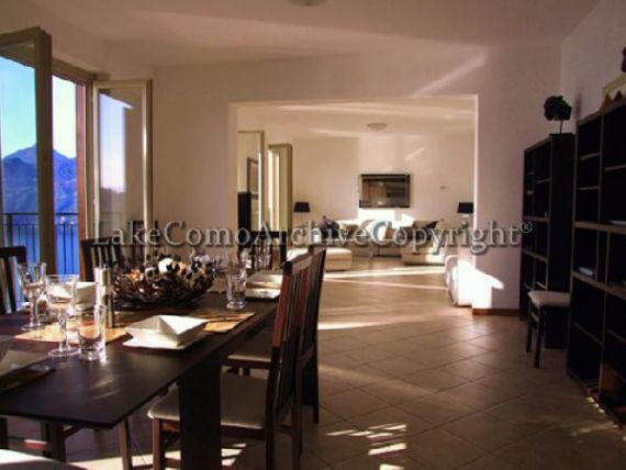 Квартира у озера Комо, Италия, 125 м2 - фото 1
