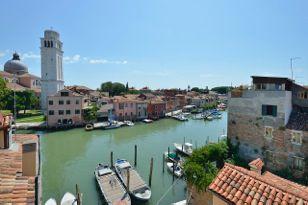 Отель, гостиница в Венеции, Италия, 400 м2 - фото 1