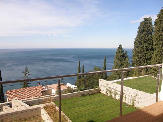 Квартира в Триесте, Италия, 236 м2 - фото 1