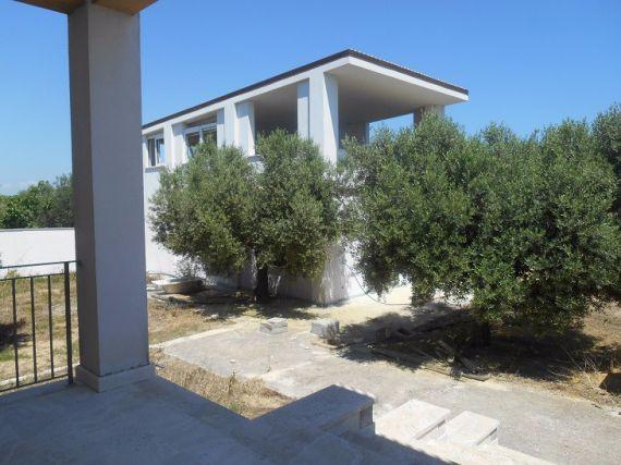 Квартира в Абруццо, Италия, 879 м2 - фото 1