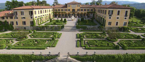 Вилла в Ломбардии, Италия, 237830 м2 - фото 1