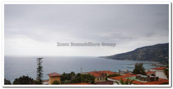 Апартаменты в Оспедалетти, Италия, 120 м2 - фото 1