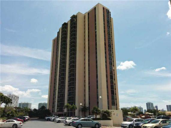 Апартаменты в Авентуре, США, 122 м2 - фото 1