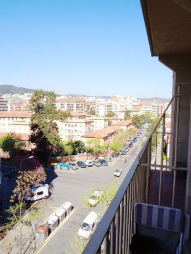 Доходный дом в Барселоне, Испания, 200 м2 - фото 1