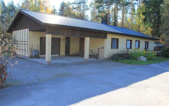 Дом в Иматре, Финляндия, 1147 м2 - фото 1