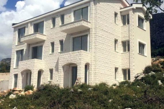 Коммерческая недвижимость в Режевичах, Черногория, 39.83 м2 - фото 1