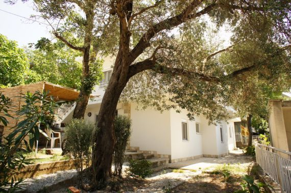 Дом в Сутоморе, Черногория, 180 м2 - фото 1