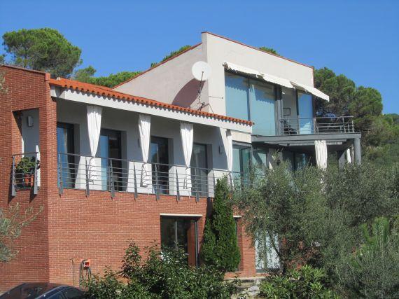 Дом в Барселоне, Испания, 384 м2 - фото 1