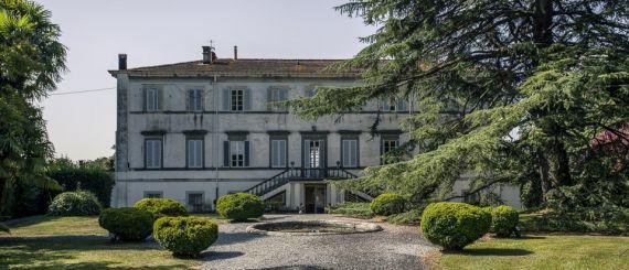 Вилла в Лукке, Италия, 3000 м2 - фото 1