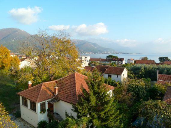 Квартира в Биеле, Черногория, 88 м2 - фото 1