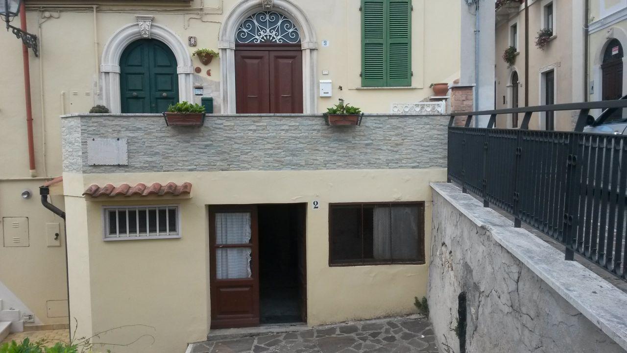 Дом в Абруццо, Италия, 120 м2 - фото 1
