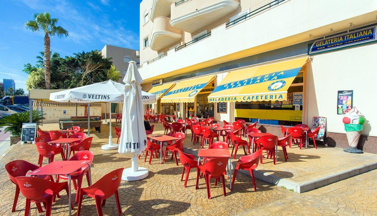 Кафе, ресторан на Коста-Бланка, Испания, 124 м2 - фото 1