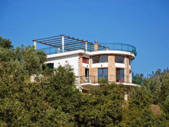 Вилла в Соверато, Италия, 250 м2 - фото 1
